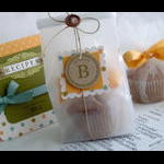 Gift bag perfect for one yummy muffin