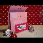 Hugs & Kisses box w: hersheys